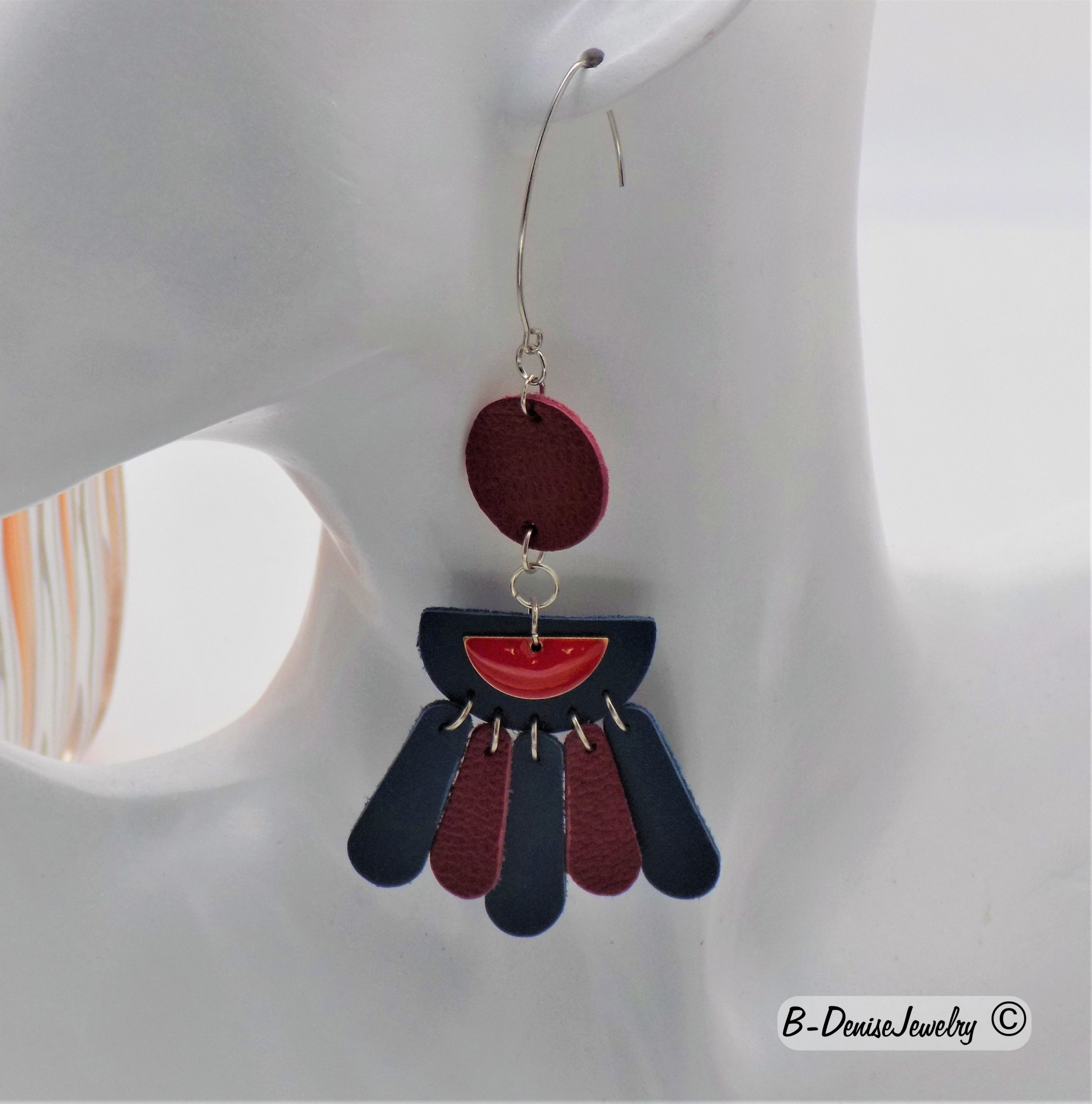 Leather Earrings half flower